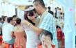 Ảnh xúc động: bố khóc nức nở tiễn con gái về nhà chồng