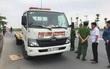 Hà Nội: Xe cứu hộ mất lái đâm 3 người phụ nữ đi bộ thương vong