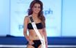 Hoa hậu Iraq khiến gia đình bị dọa giết vì mặc bikini trình diễn tại Miss Universe 2017