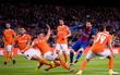 Messi lập cú đúp, Barca nã 7 bàn vào lưới đối thủ