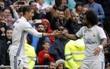 Ronaldo sút hỏng penalty, Real thắng nghẹt thở Valencia