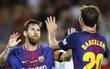 Messi sút trúng cột dọc 3 lần, Barca vẫn có 3 điểm ngày khai màn La Liga