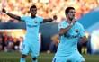 Suarez lập cú đúp, Barca nâng cách biệt với Real Madrid lên thành 10 điểm