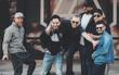 """Linkin Park viết thư tưởng nhớ Chester Bennington: """"Chúng tôi yêu quý cậu và nhớ cậu rất nhiều"""""""