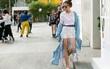Mặc nắng nóng, các tín đồ thời trang vẫn rất chăm diện áo khoác trong street style ngày cuối VIFW 2017
