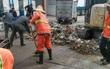 Người chồng vứt gần 200 triệu vì tưởng nhầm là rác, nhân viên vệ sinh lục tung hơn 10 tấn rác thì thấy điều bất ngờ