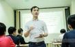 Lớp học thi miễn phí giữa Hà Nội của thầy giáo trung uý đồng cảm với học sinh nghèo