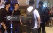 Clip: Siwon (Super Junior) điển trai, rạng rỡ có mặt tại sân bay Đà Nẵng trong đêm
