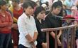 3 thiếu nữ lột đồ, đánh hội đồng cô gái trẻ bật khóc xin giảm án