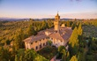 Nếu đi châu Âu, hãy thuê phòng ở 19 lâu đài này để cảm nhận cuộc sống ông hoàng bà chúa thời xưa