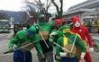 Ngày tốt nghiệp không khác gì lễ hội cosplay của sinh viên Nhật Bản!