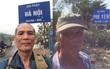 Ông ngoại U70 đi bộ một mình từ Bắc vào Nam: Phượt thủ chân chính của năm đây rồi!