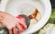 Lau nhà, giặt quần áo, dọn dẹp... Cứ dùng nước có ga là nhanh gọn nhẹ hết!