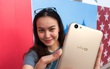 Trải nghiệm khả năng selfie trên Vivo V5s, smartphone có camera trước 20 MP
