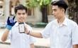 """2 nam sinh 10X Sài Gòn chế tạo """"Găng tay chuyển ngữ"""" giúp người câm điếc có thể nói chuyện bằng lời"""