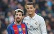 Messi khen Ronaldo, gia hạn hợp đồng với Barca chỉ là tin vịt