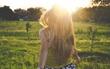 Yêu một người không yêu mình chính là gần trong gang tấc, nhưng lại xa tận chân trời
