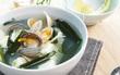 4 bước siêu đơn giản để có món canh nghêu đậu hũ vừa bổ vừa mát