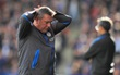 Nóng: Nhà cựu vô địch Premier League sa thải HLV Craig Shakespeare