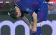 Messi đã ăn vật gì giấu trong ống giày?