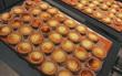 Gần 300k cho 6 chiếc bánh nhỏ, món tart phô mai đắt đỏ này đang khiến giới trẻ Sài Gòn siêu tò mò!