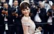 Lý Nhã Kỳ toả sáng lần cuối cùng với phong cách quý tộc trên thảm đỏ LHP Cannes 2017