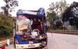 Đổ đèo Lò Xo, xe khách chở 30 người tông đuôi xe rơ moóc