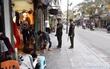 Hà Nội: Dẹp lấn chiếm vỉa hè, một cán bộ đô thị bị đâm rách môi