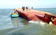 Tàu hơn 3.000 tấn chìm xuống biển Vũng Tàu, 9 người mất tích