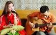"""Saturday Radio: Hoàng Yến Chibi sau 5 năm vẫn """"Ngây ngô"""", đáng yêu"""