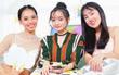 """Weather Girls: Kaity Nguyễn xinh như mộng, chia sẻ tất tần tật về """"Em chưa 18""""!"""