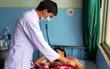 Thuê phòng nghỉ cắt động mạch máu tự tử