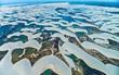 Kỳ diệu cảnh sa mạc biến thành hàng ngàn hồ nước xanh biếc đẹp như tiên cảnh