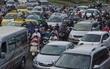Cửa ngõ sân bay Tân Sơn Nhất hỗn loạn vì sự cố giao thông