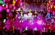 BTS: Từ đi phát tờ rơi trên đường phố Mỹ đến nghệ sỹ Kpop đầu tiên biểu diễn tại AMAs