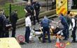 Hình ảnh đầu tiên về nghi phạm lao xe và đâm dao chết người ở Anh