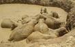 Giải cứu đàn voi mắc kẹt trong hố bùn ở Campuchia