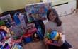 Con gái xin mẹ mua đồ chơi vào ngày sinh nhật nhưng việc con làm sau đó đã khiến mẹ không nói nên lời