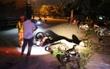 Thanh niên phóng nhanh đâm vào xe ngược chiều, 4 thanh niên nằm bất động bên vũng máu, 2 xe máy nát bét
