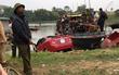 Hải Dương: Xe hơi lao thẳng xuống sông, một người tử vong tại chỗ