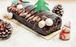 Giáng sinh ngọt ngào với bánh khúc cây Noel mê hoặc