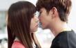 """Quá manh động, Yoo Seung Ho không sợ ngứa, kề sát môi """"robot"""""""