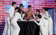 Cười xuyên Việt: Nhóm hài 10X bất ngờ đánh bại nhóm hài của các cựu thí sinh!