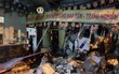 Tránh xe máy vượt đèn đỏ, xe tải mất lái đâm sập tường ngôi chùa ở Sài Gòn