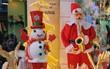 """Nhiều người dân thủ đô kiếm bạc triệu mùa Noel nhờ nghề """"nặn"""" người tuyết"""