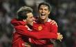 """""""Máy ghi bàn"""" Van Nistelrooy bị tống khỏi Man Utd vì xúc phạm Ronaldo?"""