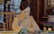 """""""Năm Ấy Hoa Nở"""": Tôn Lệ giấu mẹ chồng, lén đọc thư tình của Trần Hiểu"""