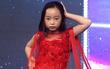 Mặt trời bé con: Cô bé 9 tuổi tạo dáng liên tục trên sân khấu, mơ làm người mẫu như Võ Hoàng Yến