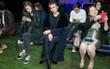 """Không cầu kỳ lòe loẹt, Thanh Hằng """"kín như bưng"""" ngồi ghế đầu show thời trang tại Milan Fashion Week"""