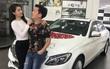 Trường Giang mua xế hộp tiền tỷ tặng Nhã Phương